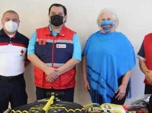 Donan equipo de rescate automotriz a Cruz Roja de Rosarito