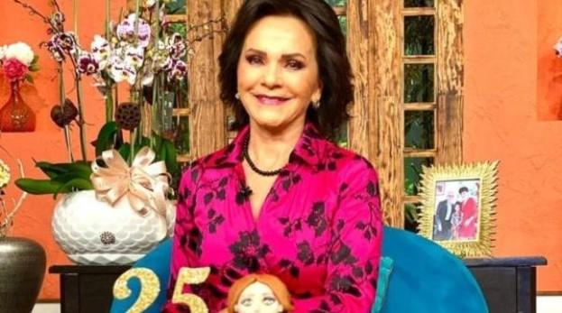Pati Chapoy celebra 25 años en su programa