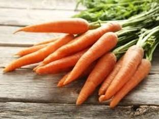 Pareja sale a comprar zanahorias y termina ganando más de 150 mil dólares