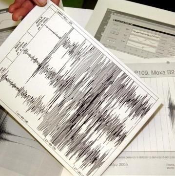 Sismo de 7.1 azota Antártida y enciende alerta de tsunami en Chile