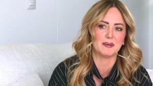 Andrea Legarreta rompe en llanto por  ataques tras su comentario sobre Nath Campos
